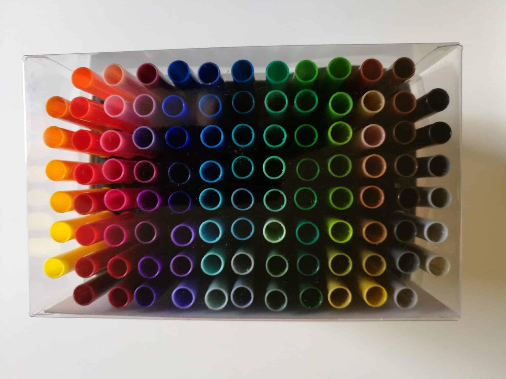 100 colour pens