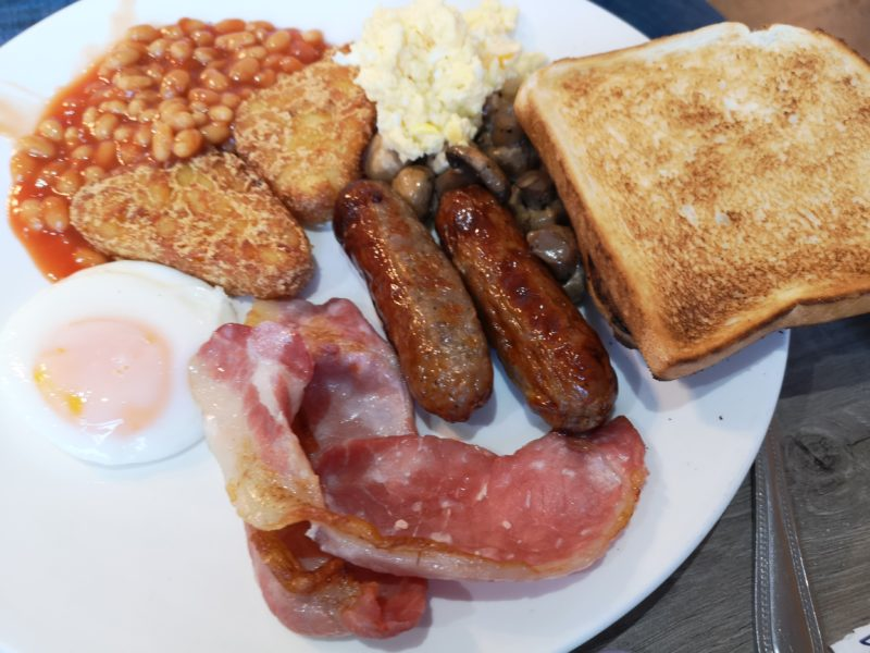 Novotel Ipswich breakfast