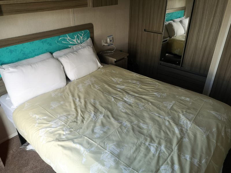 Haven Seashore Prestige caravan master bedroom