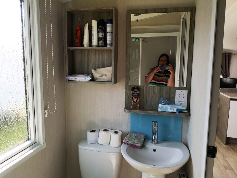 Haven Seashore Prestige caravan bathroom