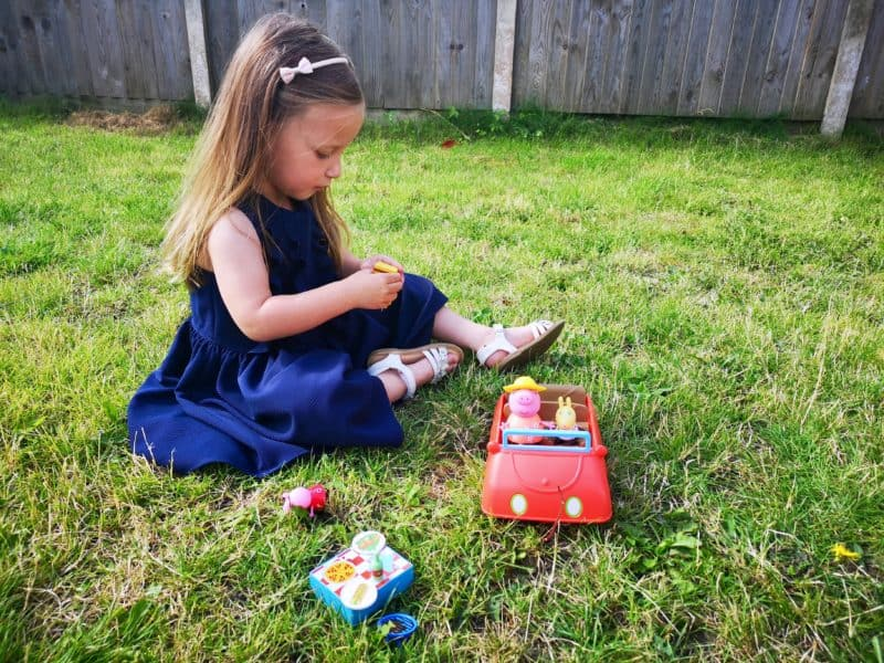 Peppa Pig's Big Red Car