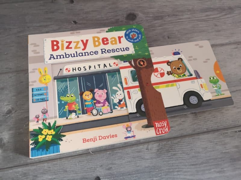 Bizzy Bear Ambulance Rescue by Benji Davies