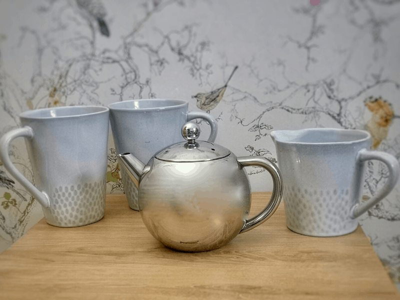 Pro Cook Malmo mugs, jug and stainless steel teapot