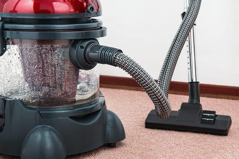 vacuum-cleaner-carpet-cleaner-housework-housekeeping