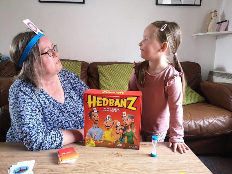 Playing Headbanz