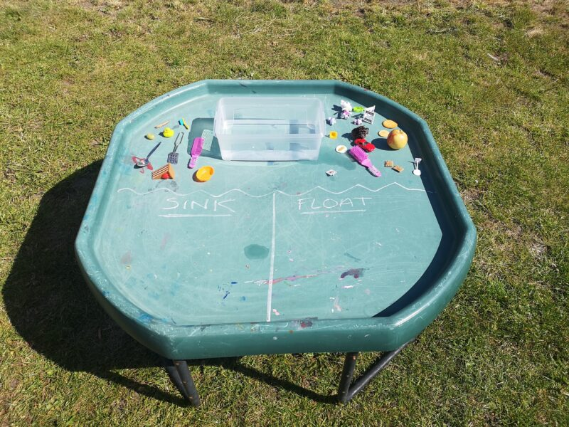 Sink And Float Tuff Tray