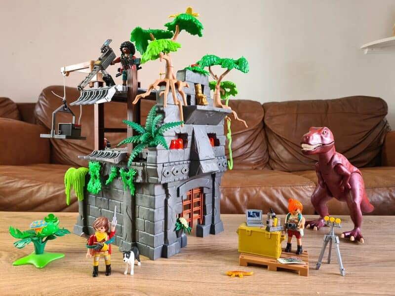 Playmobil Dinos Hidden Temple with T-Rex