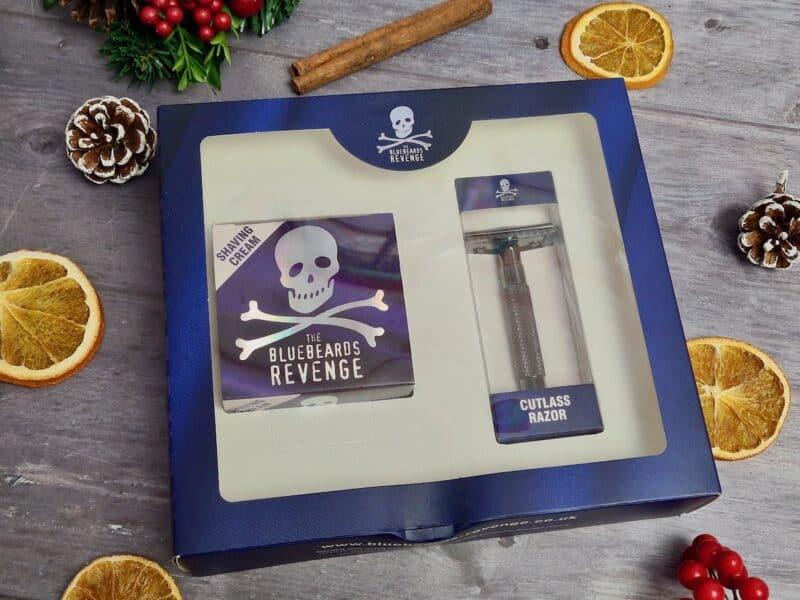 The Bluebeards Revenge shaving cream and cutlass razor kit