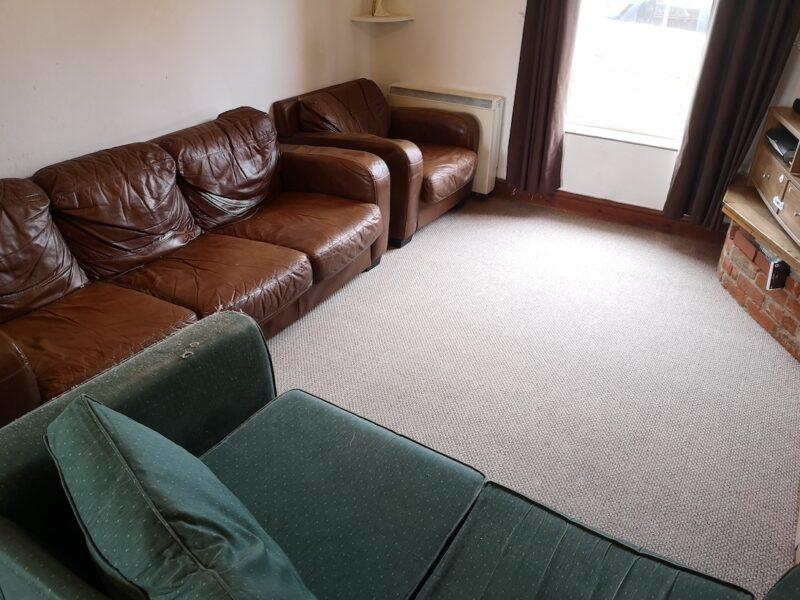 Living room after carpet