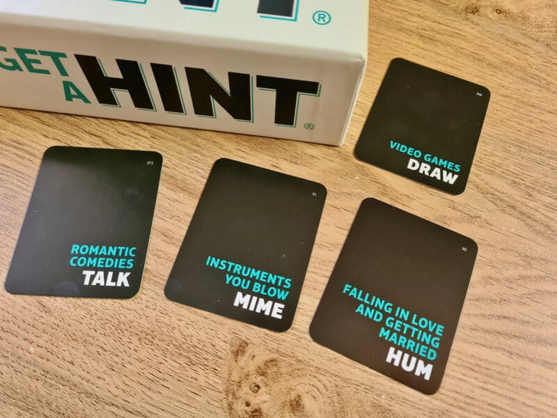 Hint playing cards