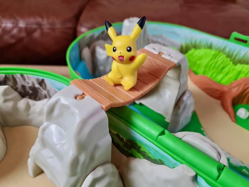 Pokémon Carry Case Playset bridge