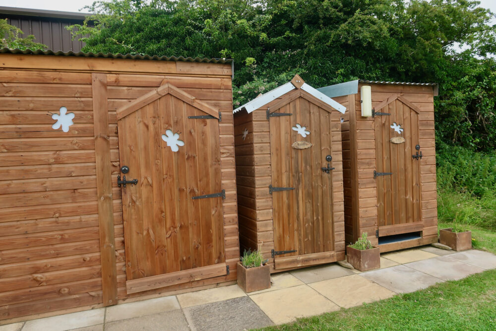 Bumblebarn toilets and showers
