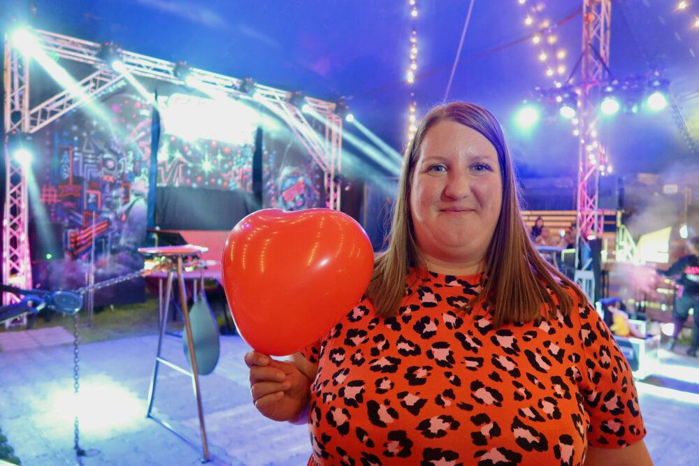 Circus Cortex me with balloon
