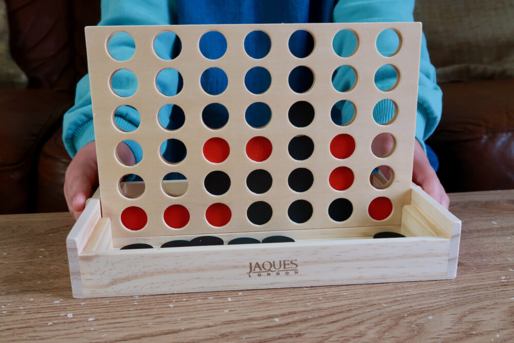 Jaques of London Score Four playing board