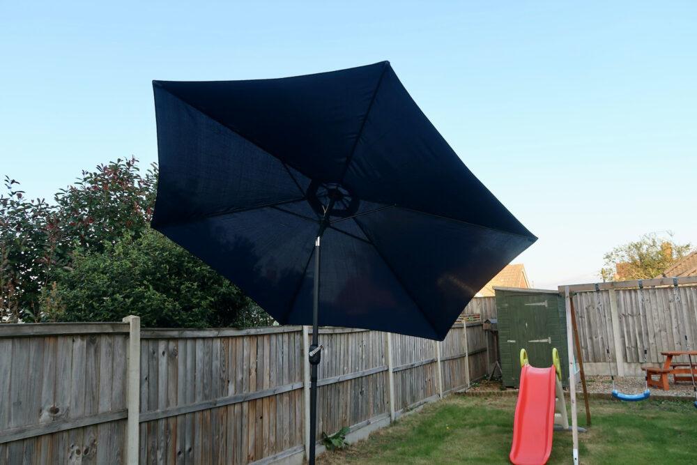 Henley 3m Crank & Tilt Garden Parasol Umbrella Blue on a tilt