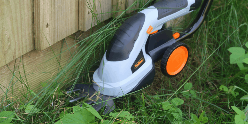 Keeping The Garden Neat With TheVonHaus 2 In 1 Grass And Hedge Trimmer